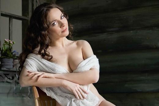 smotret-porno-foto-pevits-rossiyskih