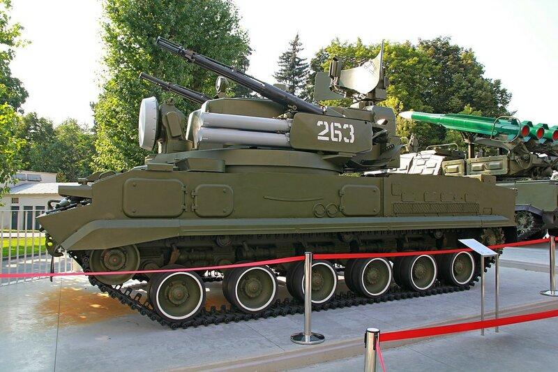 Зенитная самоходная установка 2С6М «Тунгуска» - Военная техника на ВДНХ