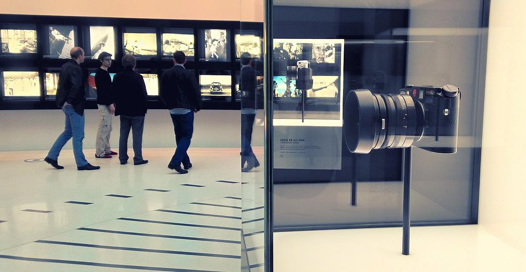 12. В музее техники Leica
