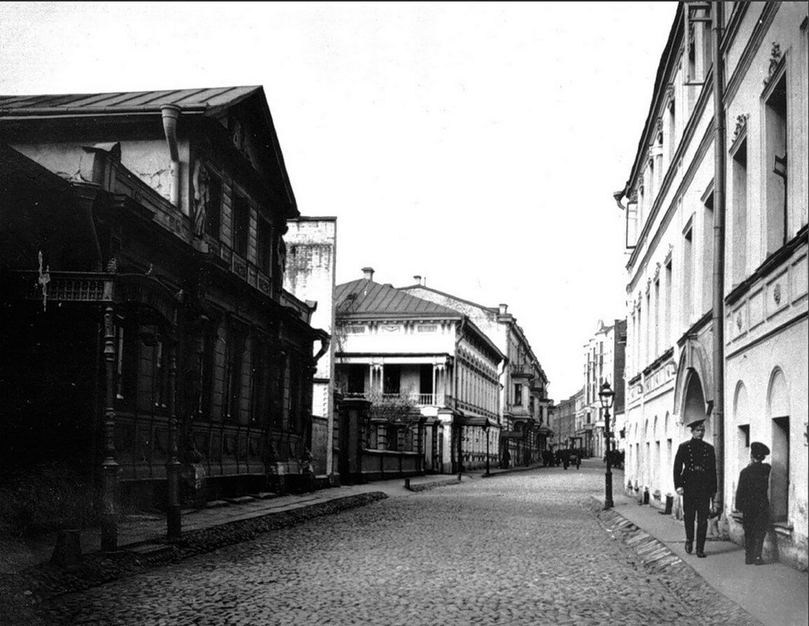 425. Б.Афанасьевский в сторону Арбата