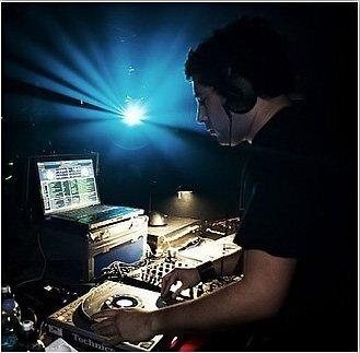 Dave Clarke - White Noise (04-26-2009)