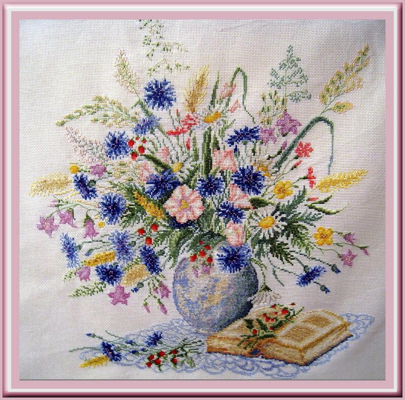 Шикарные работы!  Фото из альбома. вышивка крестиком. http://fotki.yandex.ru/users/verasambros/view/137462...