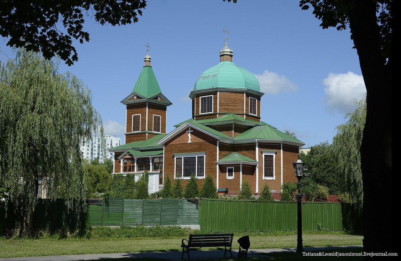 Оленёнок в храме архистратига Михаила. Гомель.