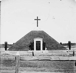 Братская могила воинов армии Петра I, погибших в битве 1700 года