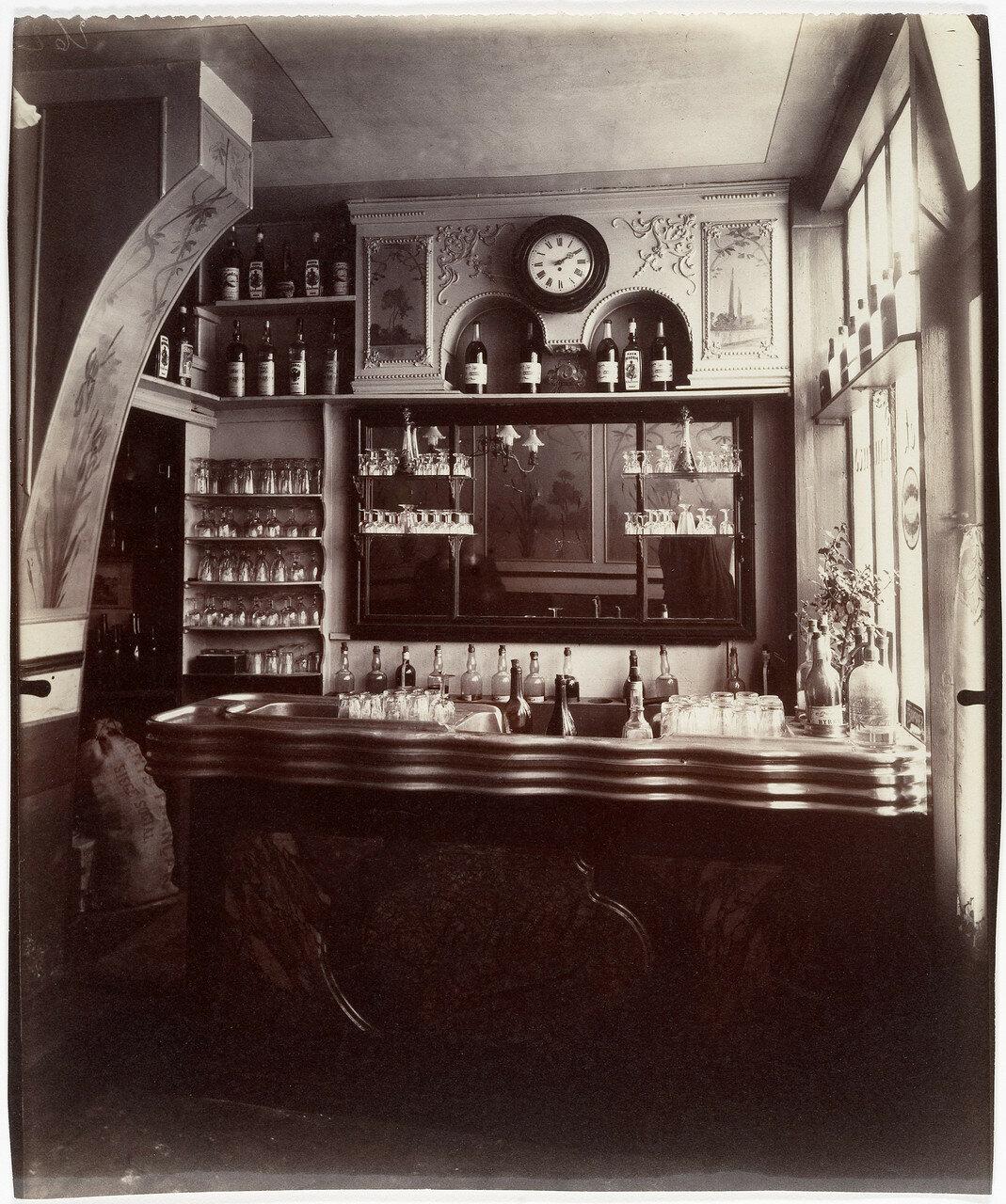 1910. Маленький бар, Рю Бойер, 21