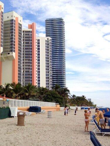 Майами. Пляж отеля