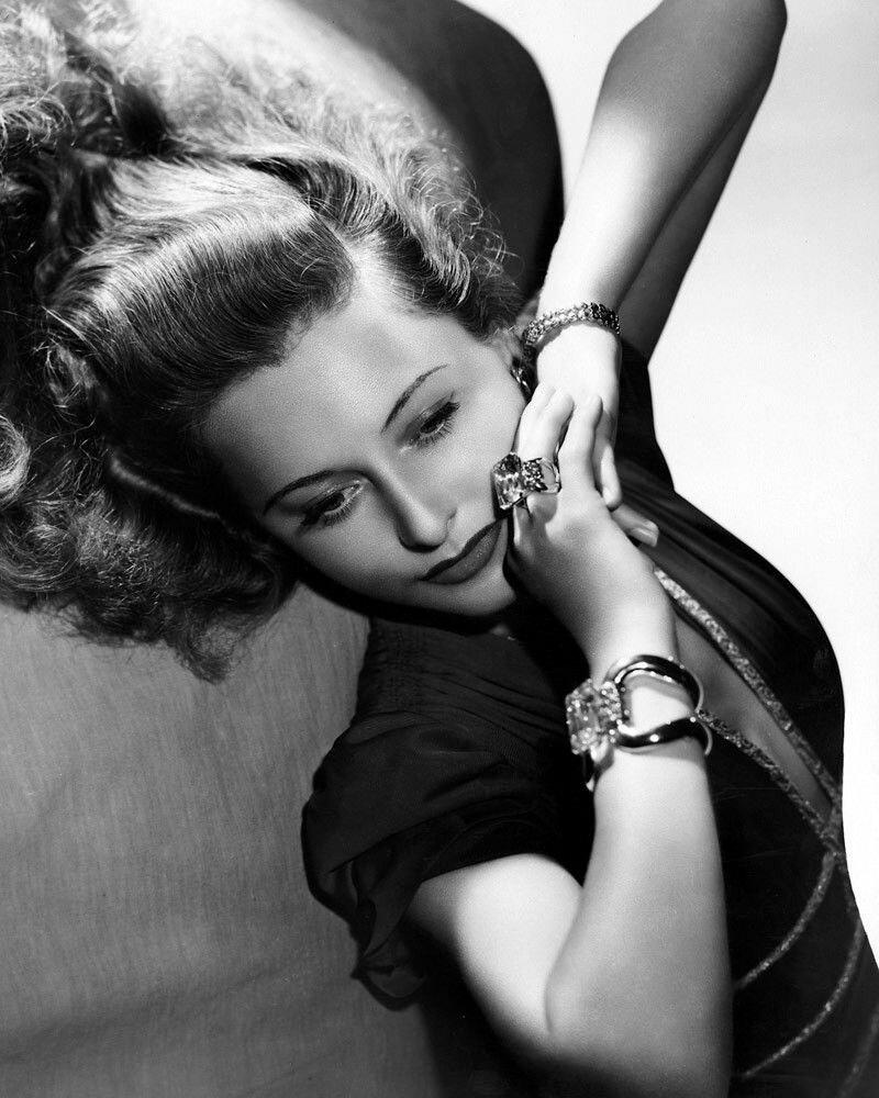 Barbara Stanwyck.jpg
