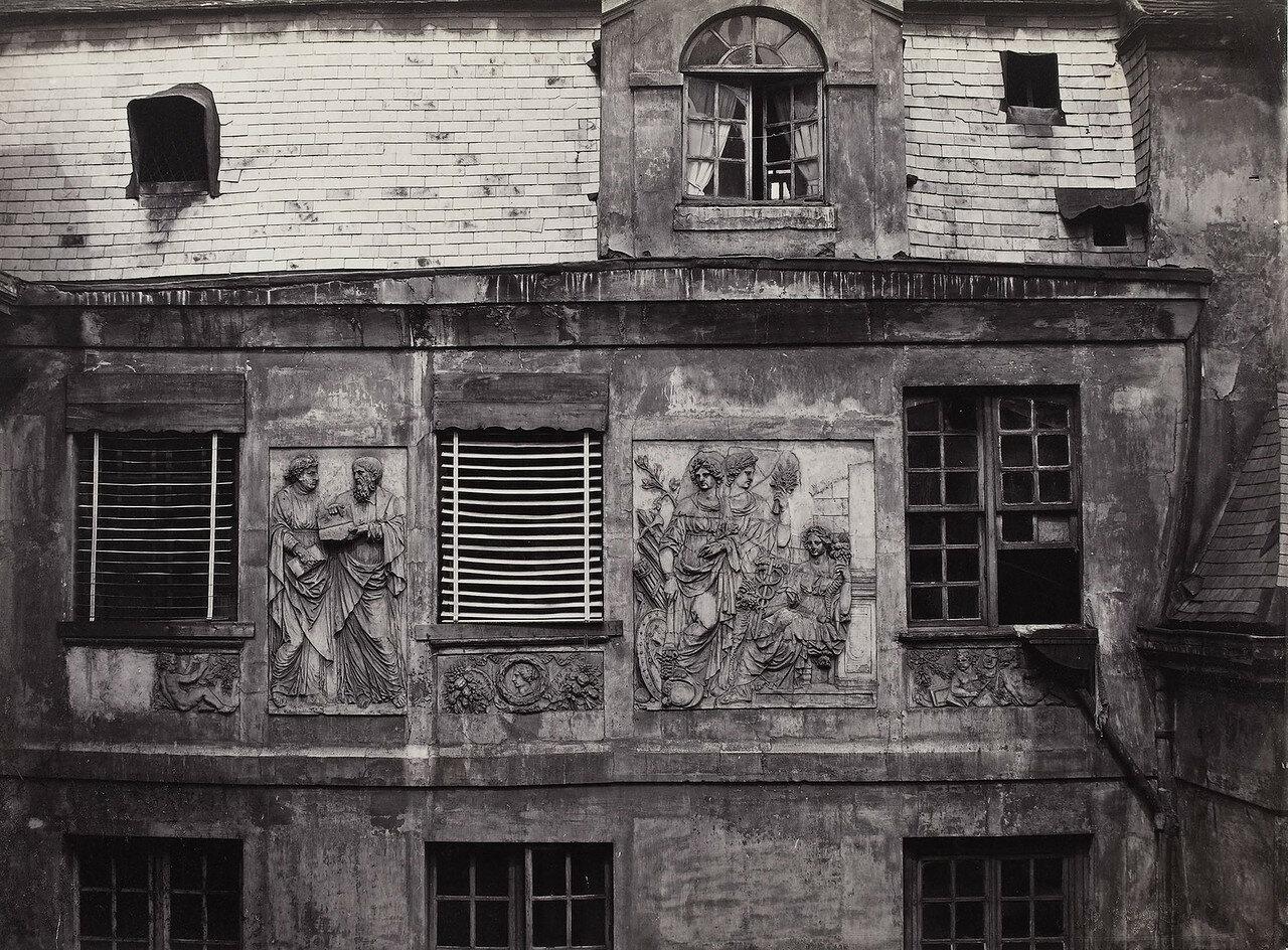 1865-1868. Барельефы отеля Кольбер