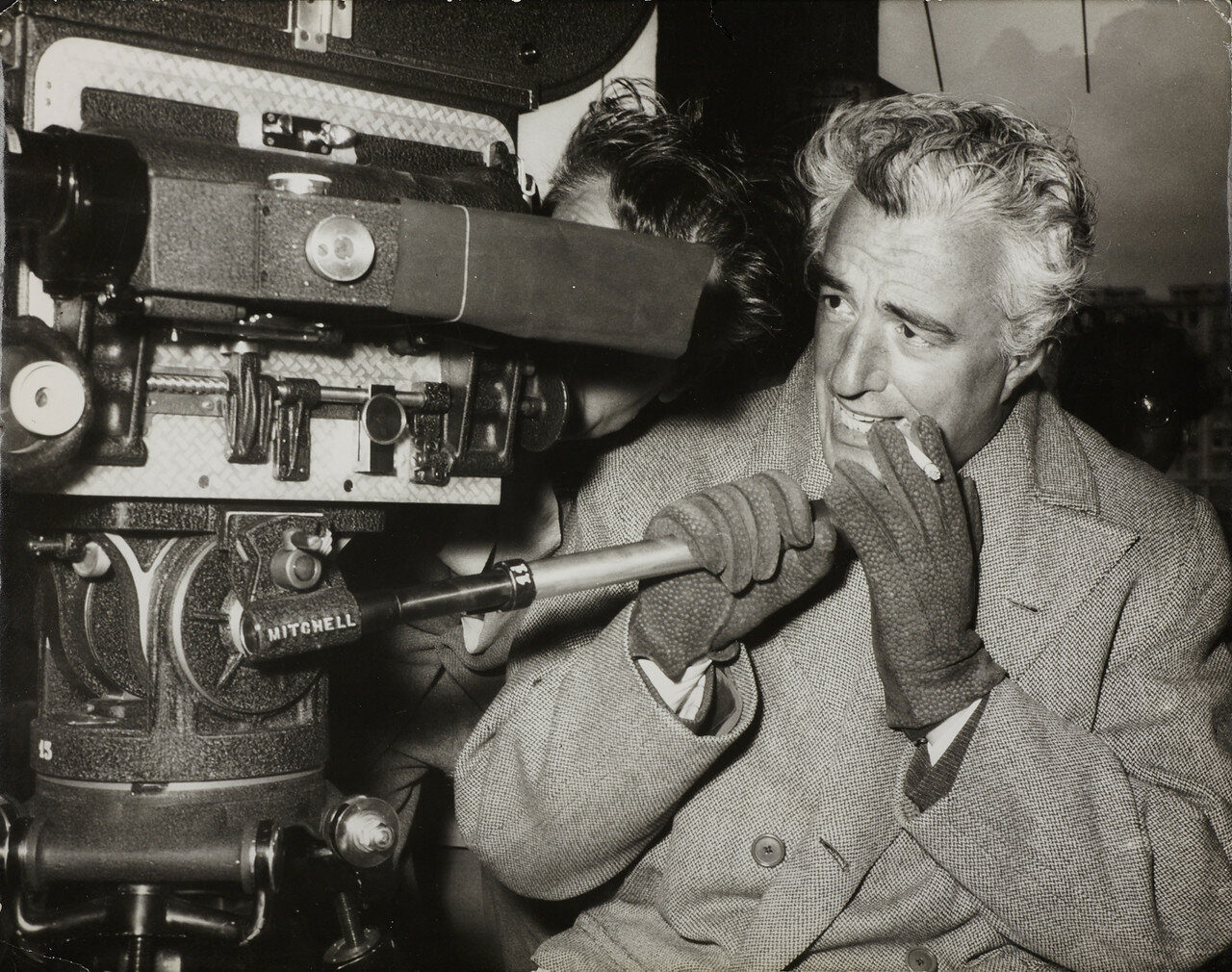 1955. Витторио де Сика на съемках фильма «Крыша»