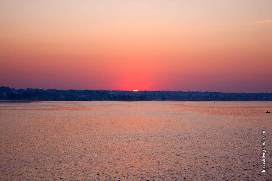 Рассвет на Клязьминском водохранилище