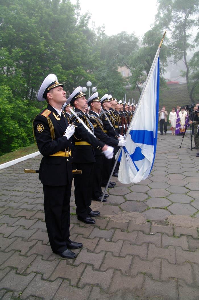 Во Владивостоке почтили память основателя города — генерал-губернатора Н.Н.Муравьева-Амурского (ФОТО)