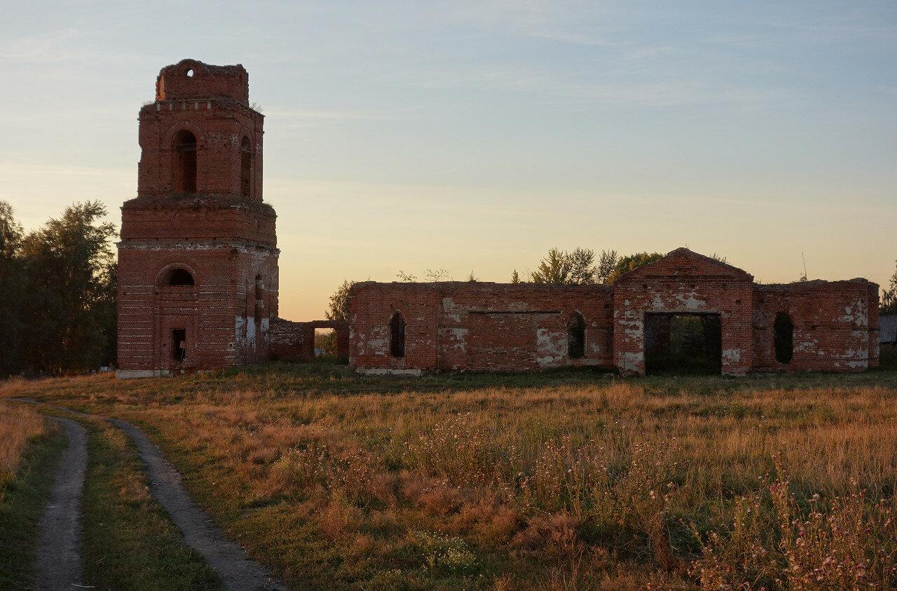 бывший храм в селе Пришня