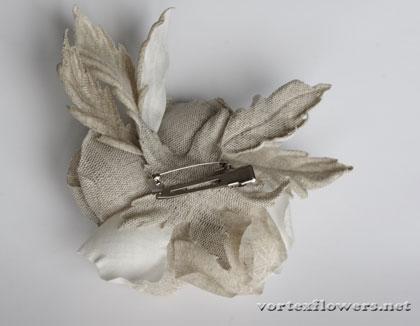роза из льняной ткаи