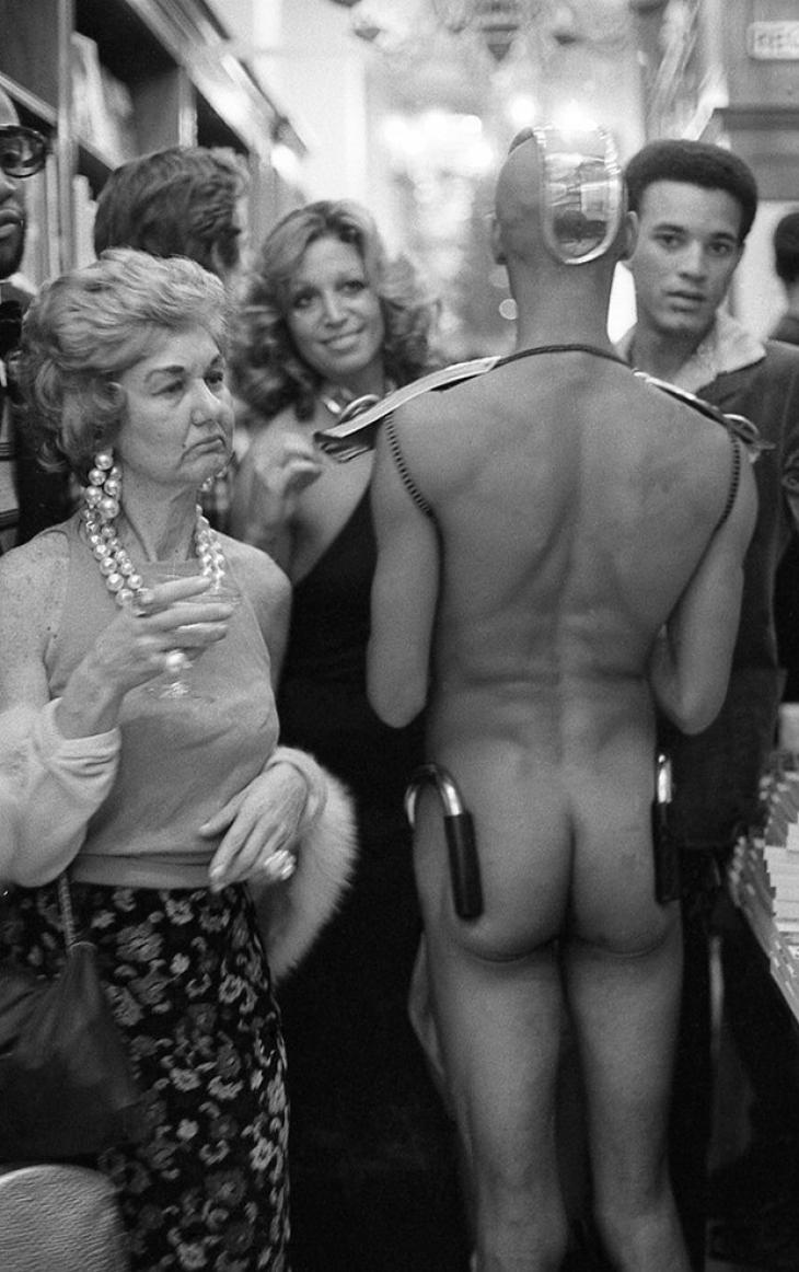 Книжный магазин Rizzoli, 1975.