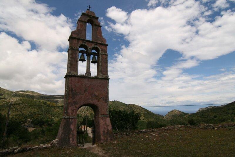 Церковь в Старой Периссии