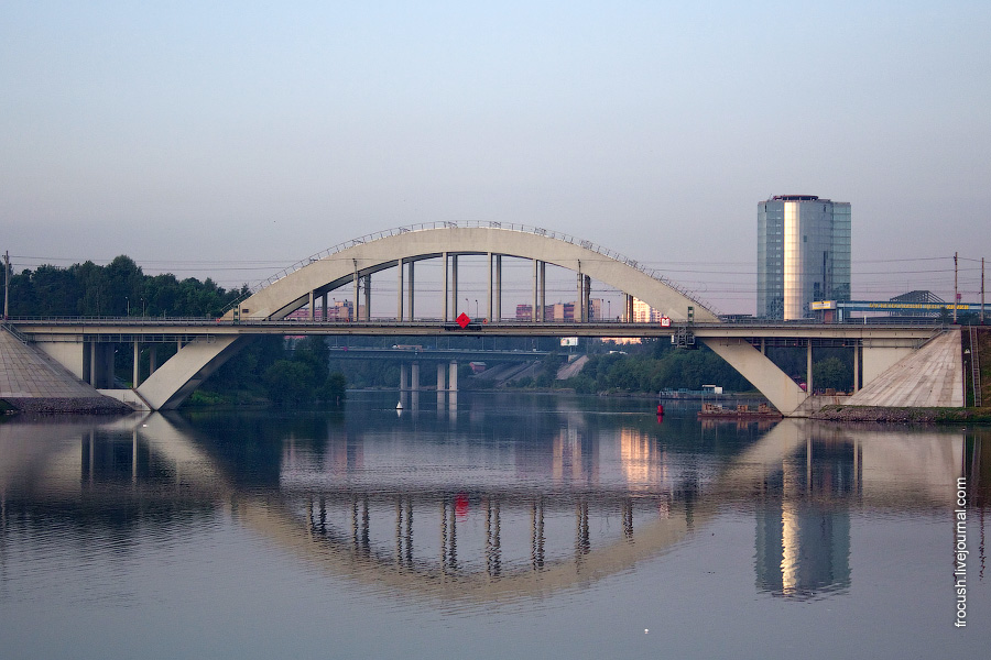 Химкинский железнодорожный мост Октябрьской железной дороги