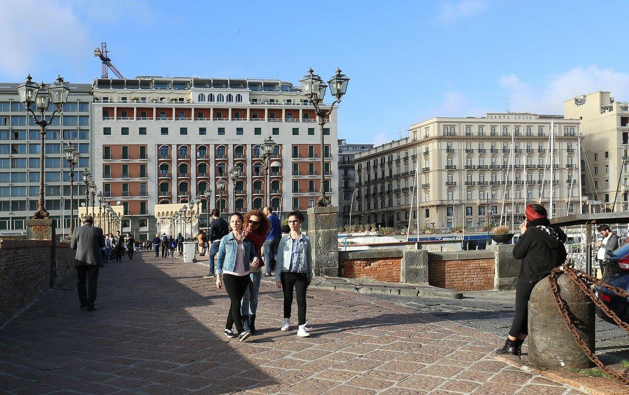 Naples. The bridge of the castle of the Egg (Pontile di Castel Dell'ovo)