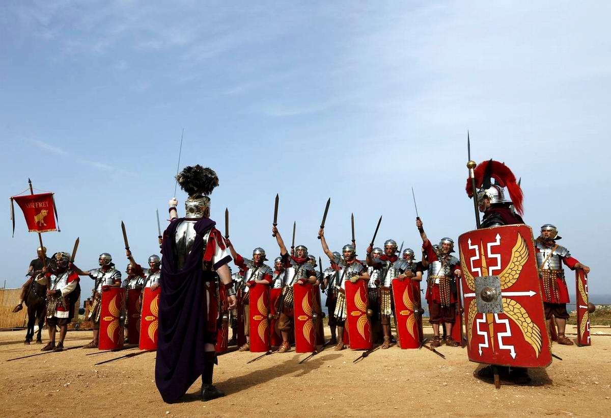 Легионеры армии Древнего Рима: Современный вариант попытки захвата острова Мальта (3)
