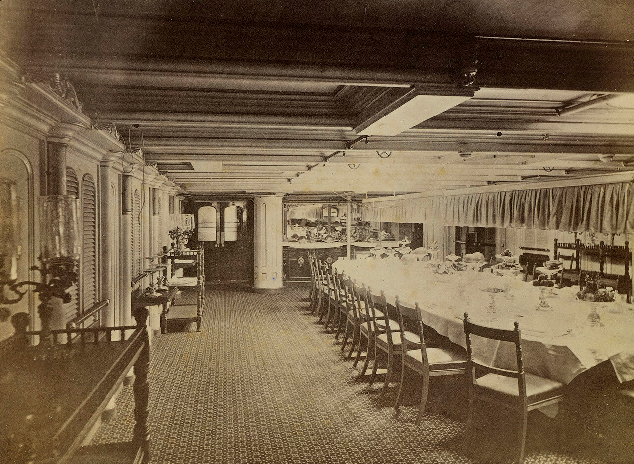 04. Обеденный салон HMS «Сераписа»