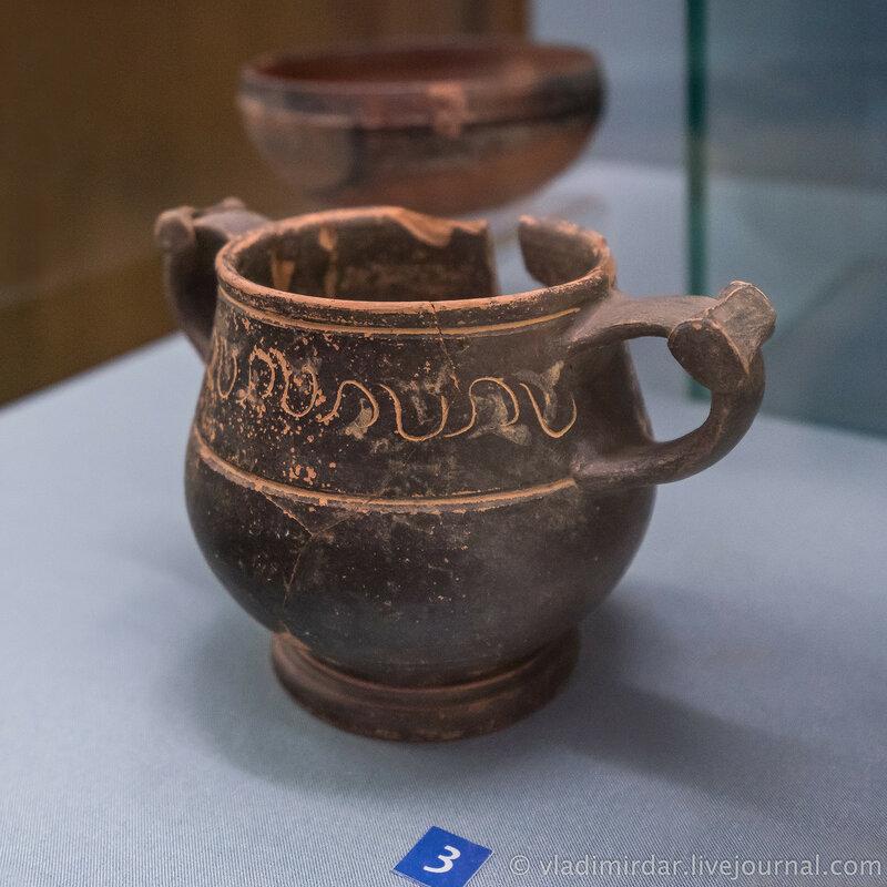 Канфар. Глина, лак. III - II век до н.э. Поселок Комсомольский, 1988, раскопки А.В. Кондрашова.
