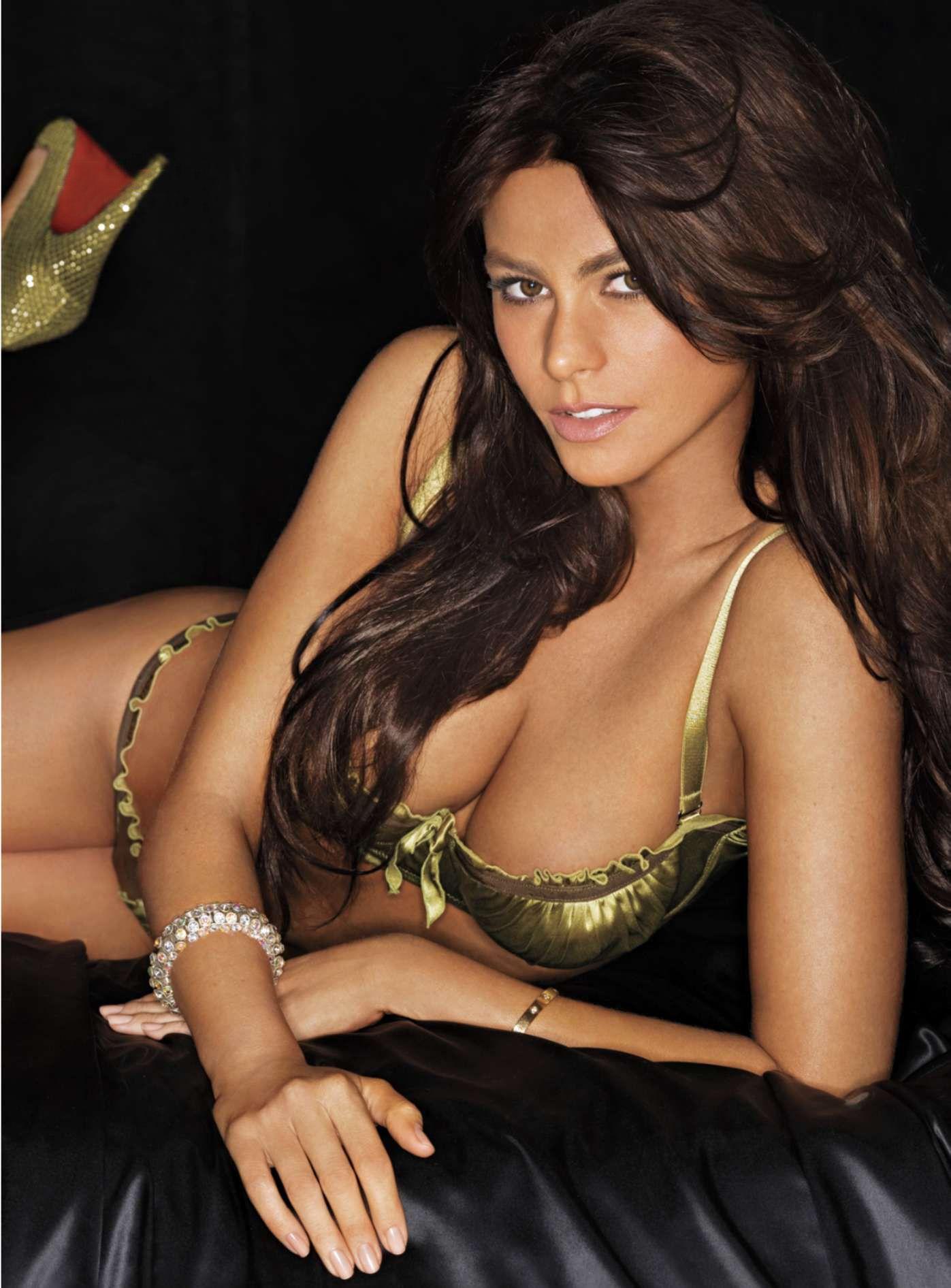 Самая красивая девушка по журналу максим 27 фотография