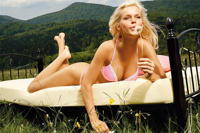 Наталья Осольник / Natalija Osolnik - Cheek lingerie S-S 2010