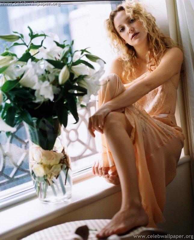 Kate Hudson by Alan Strutt