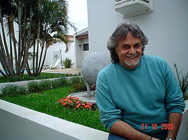 11 Morris Albert - бразильский певец и автор песен.jpg