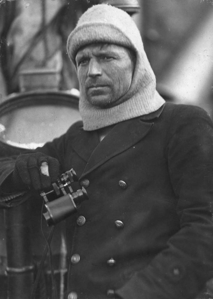15. Фрэнк Уорсли, капитан «Эндьюранса».