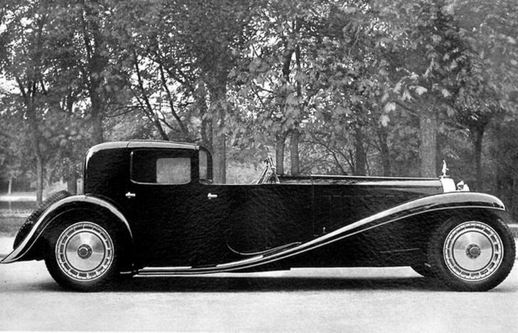 История гласит, что Этторе Бугатти хотел создать настолько роскошный автомобиль, чтобы им могли обла