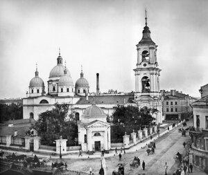 Церковь Вознесения Господня, угол Вознесенского пр. 34 а и наб. Екатерининского канала