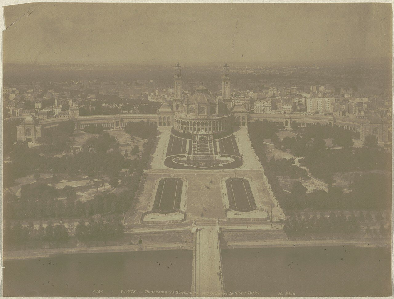 1889. Трокадеро, вид от Эйфелевой башни