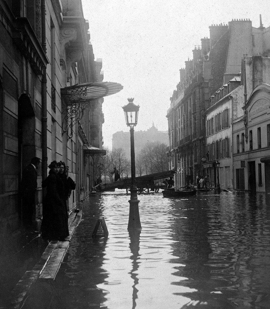1910. Рю Жан Гужон