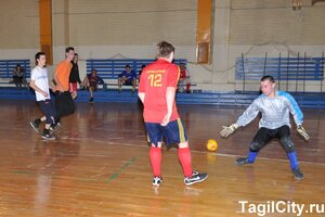 спорт,Нижний Тагил,футбол,фотоотчет