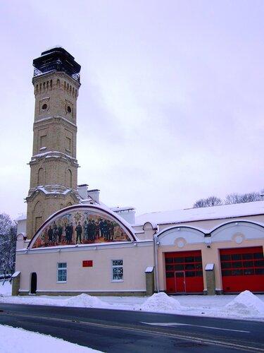 Каланча и пожарное депо