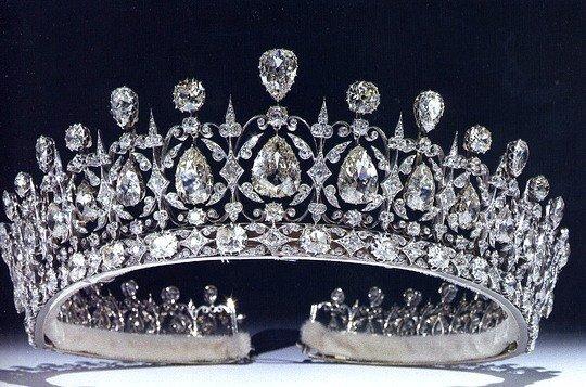 Британская   тиара (Tiara) королевы Елизабет