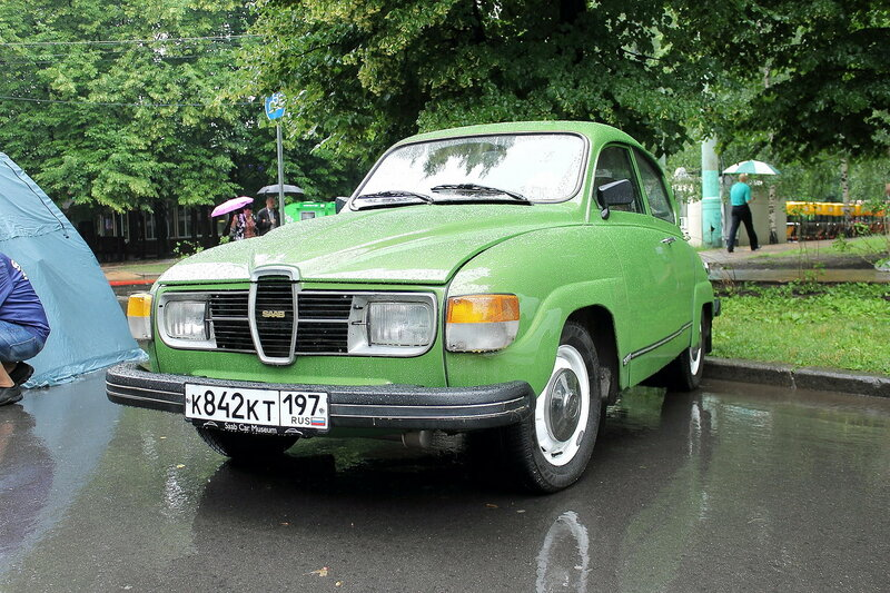Retrofest at Sokolniki - foreigners