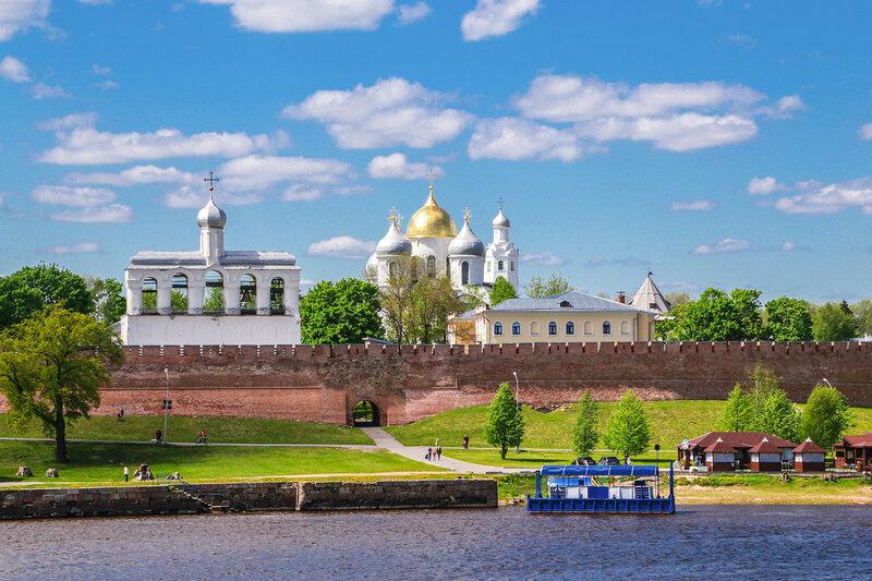 Софийский собор и звонница в Новгородском кремле