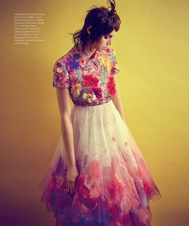 Alana-Bunte-v-zhurnale-Harpers-Bazaar-Mexico-8-foto