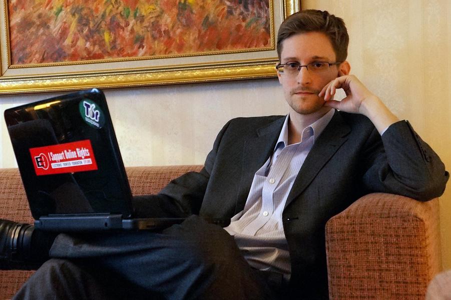 Сноуден.png