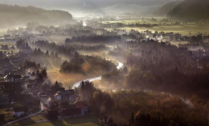 Zyabko-kutayas-v-tumany8230-Sloveniya-Matyazha-Chatera-Matjaz-Cater-16-foto
