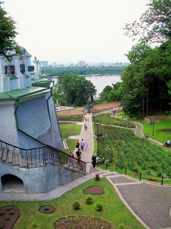 Розарий Киево-Печерской лавры