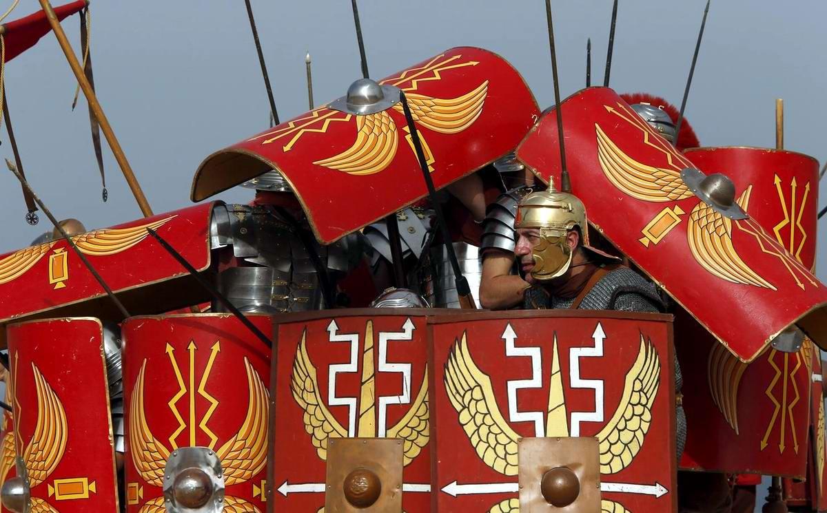 Легионеры армии Древнего Рима: Современный вариант попытки захвата острова Мальта (11)