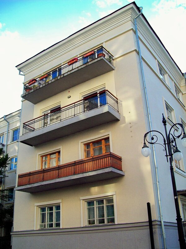 Жилой дом напротив резиденции президента Украины