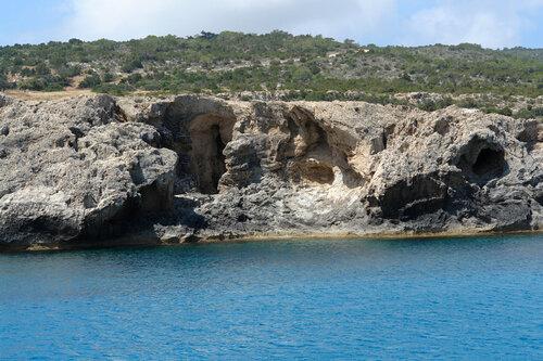 Пещеры Акамаса