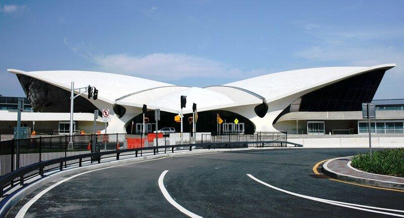 TWA Flight Center - Terminal 5 JFK (арх. Eero Saarinen, 1962)