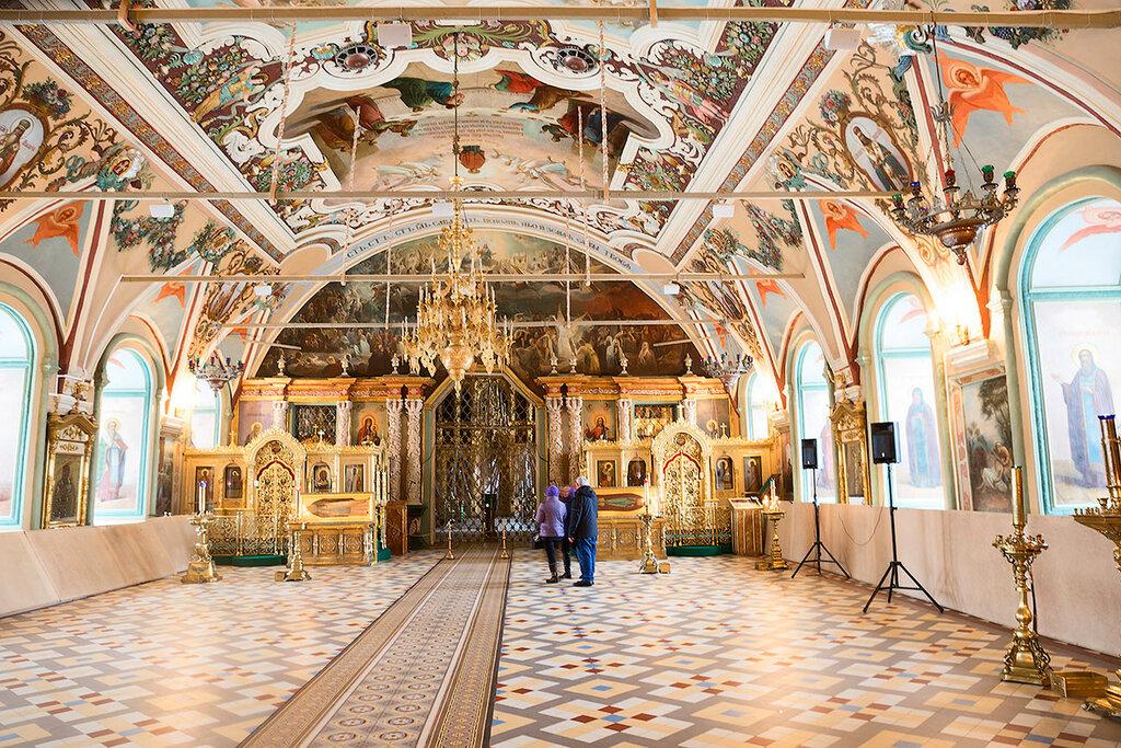 Интерьер Трапезных палат Троице-Сергиевой лавры