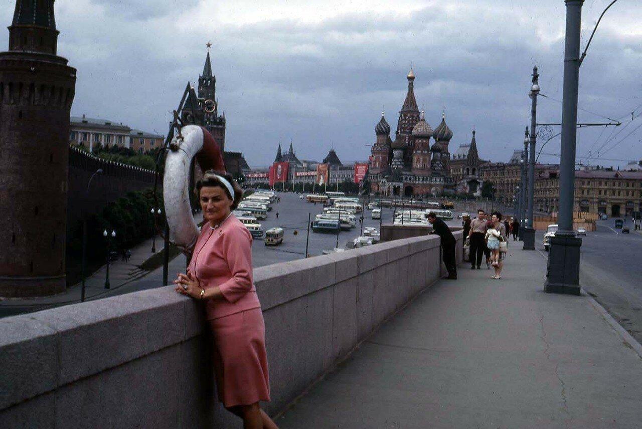 03. Москва. На мосту