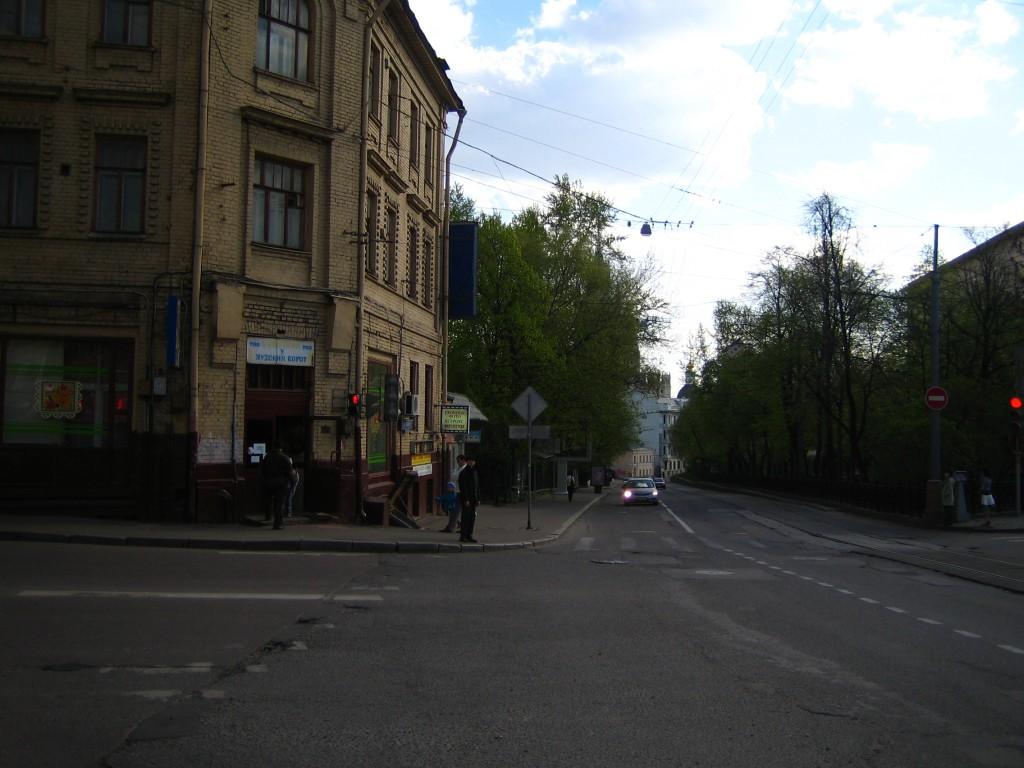 ул. Воронцово Поле, 2