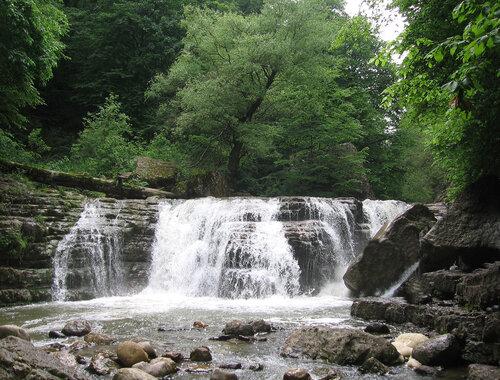Водопад, Армения
